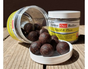 Boilies Active One Squid & Plum 100g